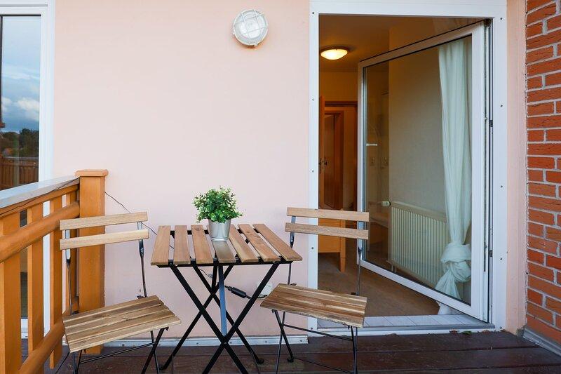 Nettes Einzelzimmer mit Balkon, holiday rental in Harzgerode