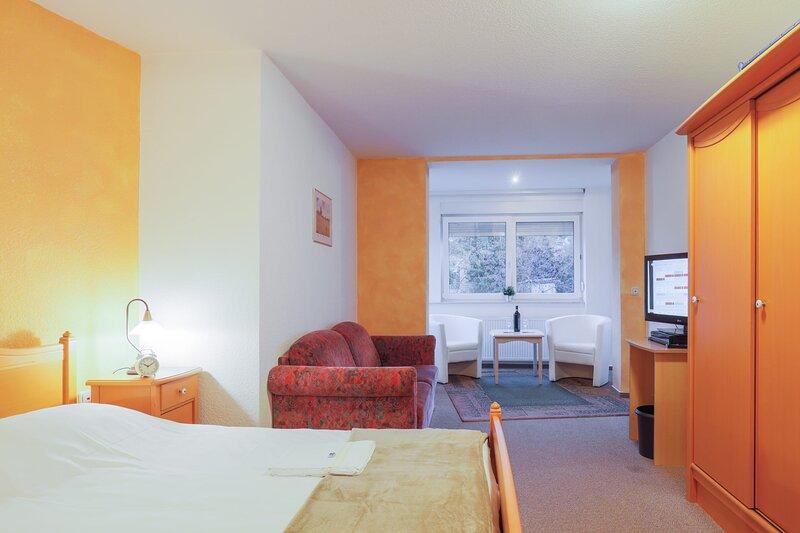 Nettes und  Gemütliches Doppelzimmer, vacation rental in Ballenstedt