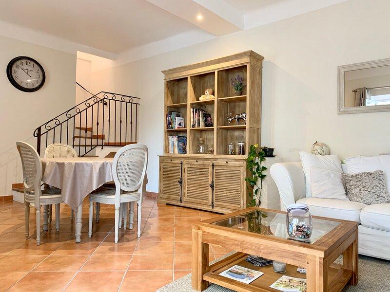 ❤️ Maison de charme centre-ville Salon-de-Provence, holiday rental in Pelissanne
