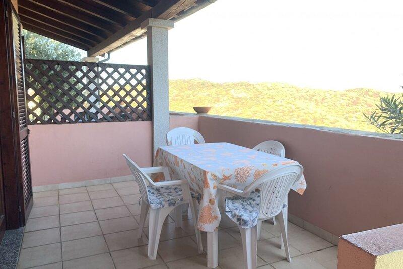 Appartamento Vista Mare SX, casa vacanza a Malamurì