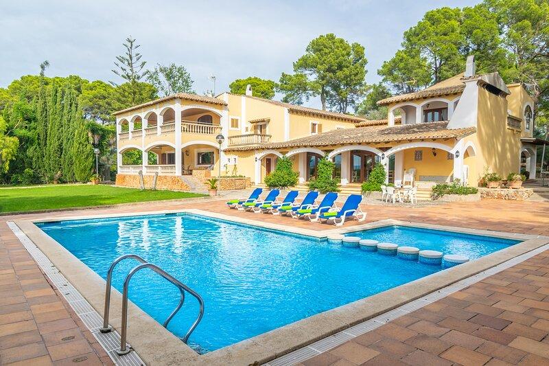 FINCA SON POU - Villa for 12 people in Palma de Mallorca / Sant Jordi, holiday rental in Es Pillari