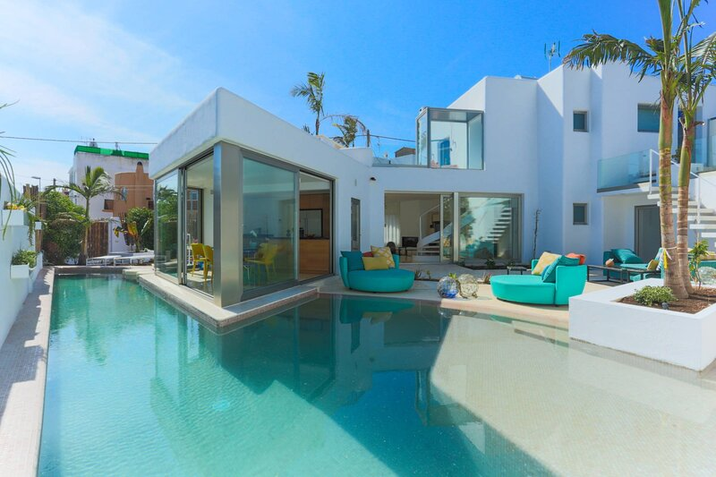 Villa - 4 Bedrooms with Pool and WiFi - 108690, holiday rental in Playa d'en Bossa