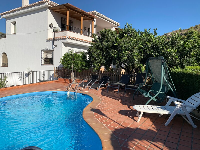 Villa Alborada, holiday rental in Velez de Benaudalla