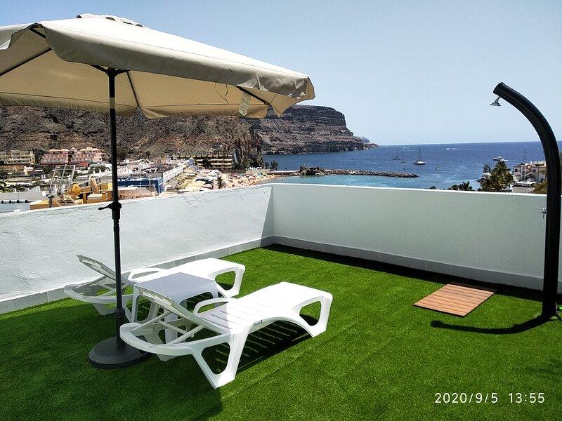 Mele Sky Beach, 1, sea views, terrace and sun, holiday rental in Playa de Mogan