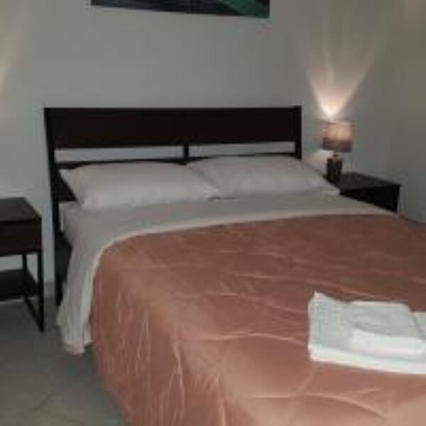 M1-George apartment by the airport, vacation rental in Koropi