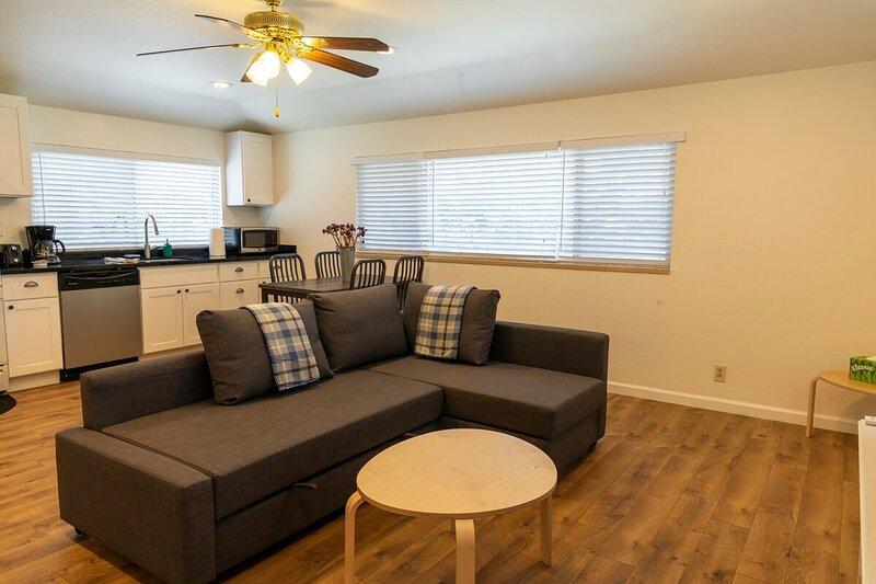 ★ Peaceful 1-Bedroom in South Bay ★, vacation rental in Los Altos