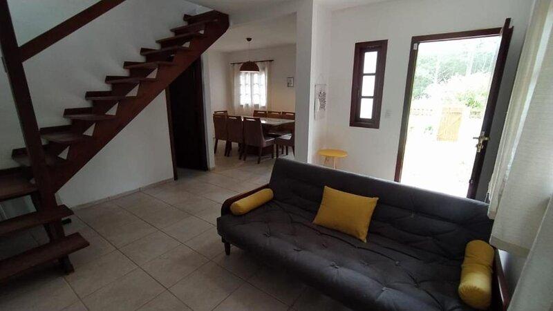 Casa Aconchegante em Florianópolis, vacation rental in Santinho