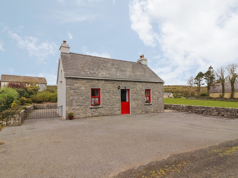 Limestone Cottage, Carron, County Clare, holiday rental in Cratloe