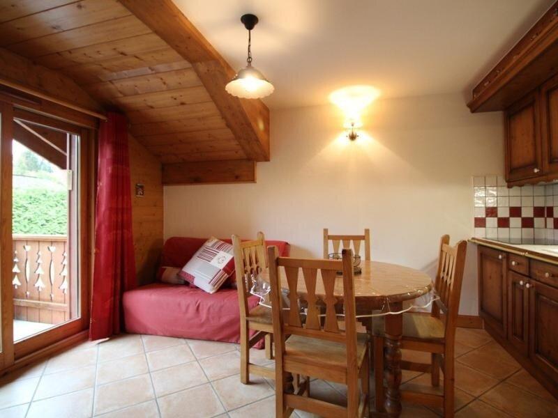 2pièces 6pers cosy: bien équipé face au spa et au ski bus – semesterbostad i Les Carroz-d'Araches