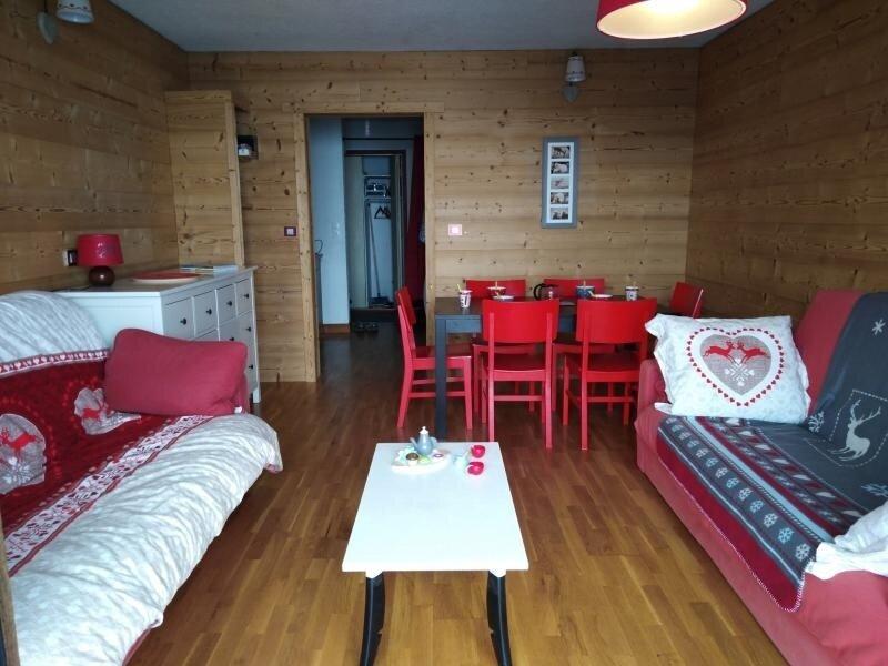 2 pièces 6pers près des pistes, vacation rental in Les Carroz-d'Araches