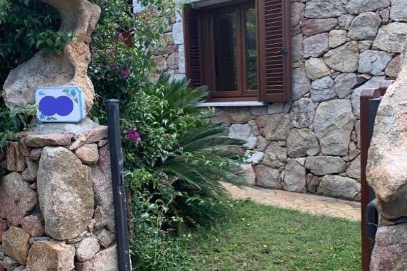 Appartamento Max con Giardino, casa vacanza a Malamurì