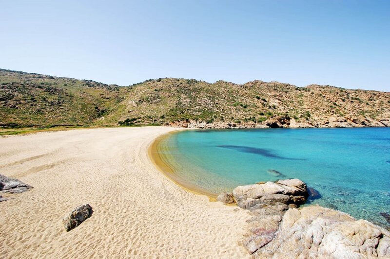 Ios Cycladic Seafront Suites - Summertime Suite, holiday rental in Milopotas