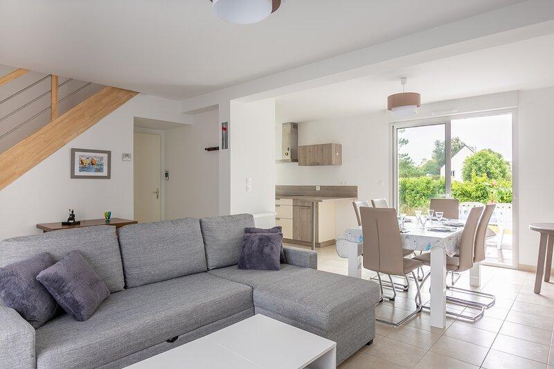 Reinette - Maison avec jardin - Trélivan proche Dinan, vacation rental in Broons
