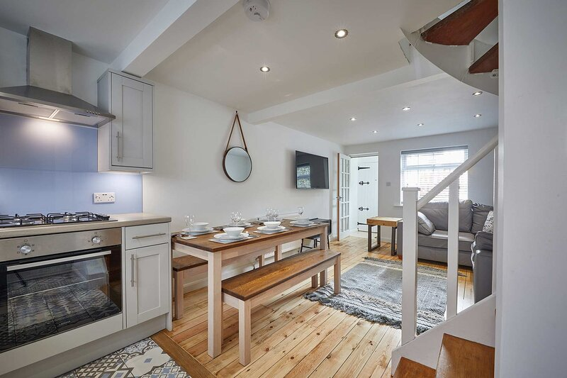 Oasis Cottage, holiday rental in Whitby