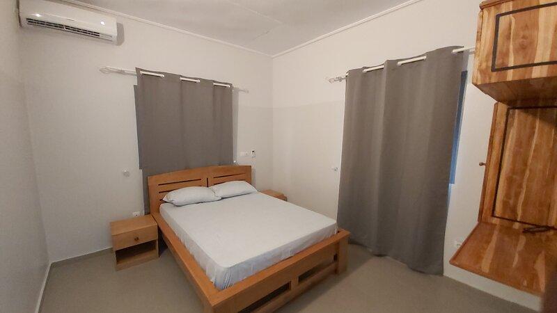 Villa meublée standing dans cité résidentielle, location de vacances à Lome