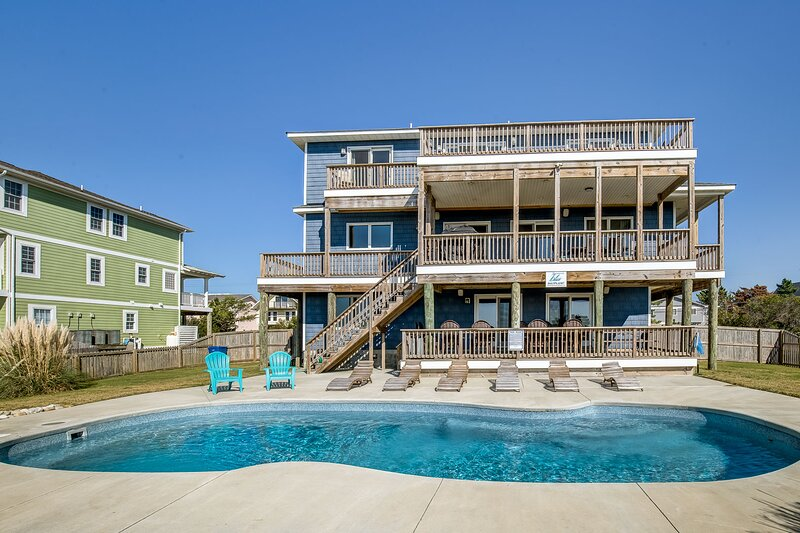 Down South | 450 ft from the beach | Private Pool, alquiler de vacaciones en Virginia Beach