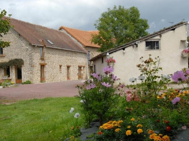 Location Gîte Moulins-le-Carbonnel, 5 pièces, 12 personnes, casa vacanza a Saint-Georges-le-Gaultier
