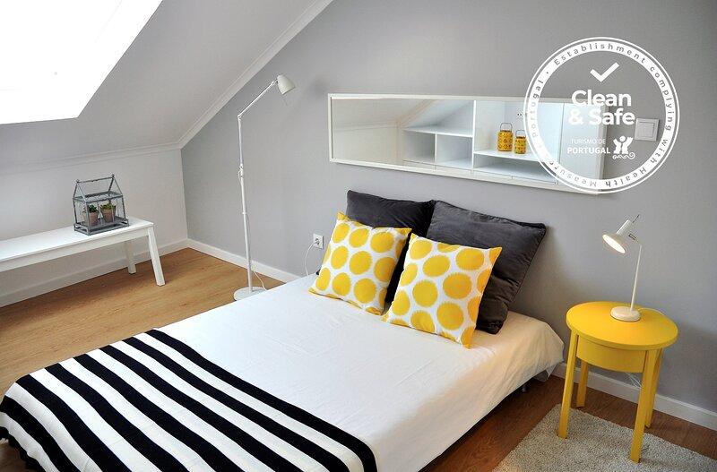 Alfama District Apartments - Santiago, location de vacances à Barreiro