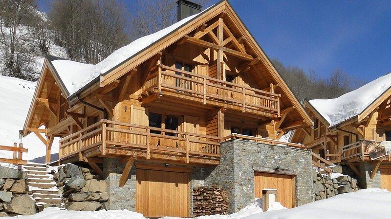 Chalet Skidh . 4 étoiles . Emplacement idéal . Vaujany Alpe d'Huez .Ski VTT Vélo, alquiler de vacaciones en Vaujany