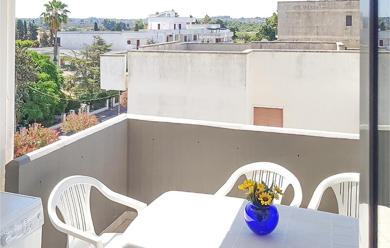 Awesome apartment in Gallipoli with 2 Bedrooms (ISA349), casa vacanza a Padula Bianca