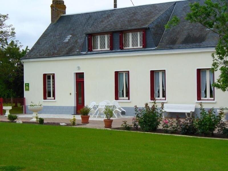 Location Gîte Pruillé-l'Éguillé, 4 pièces, 6 personnes, holiday rental in Courdemanche