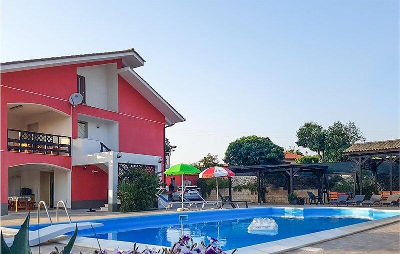 Villa Elvira (ISC064), holiday rental in Palazzolo Acreide