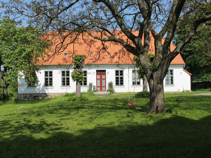 Luxurious Apartment in Steffenshagen with Fireplace, holiday rental in Steffenshagen