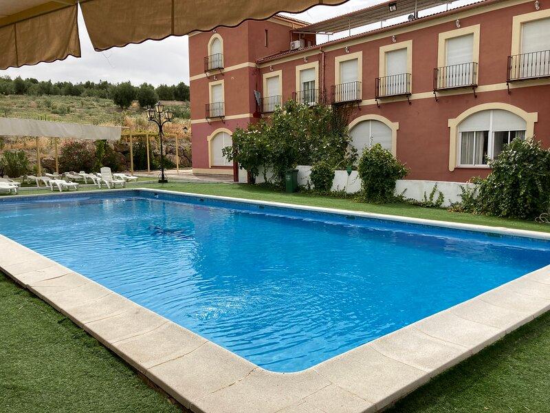 Apartamentos turisticos rurales Fuente de la salud, Baena Córdoba, España, location de vacances à Montilla
