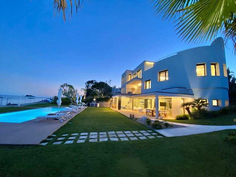 Fenandgi: Luxury Hospitality at it's finest !, location de vacances à Sarroch