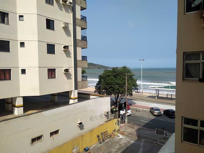 Lindo apto 3 quartos vista para mar Praia Morro Guarapari, holiday rental in State of Espirito Santo