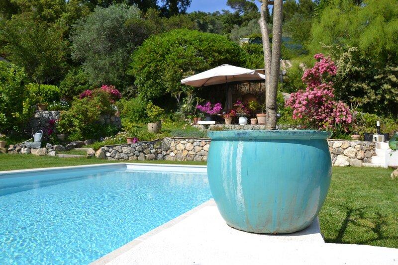 STUDIO DE CHARME GITE PROVENCE dans Maison d'Hôtes, vacation rental in Biot