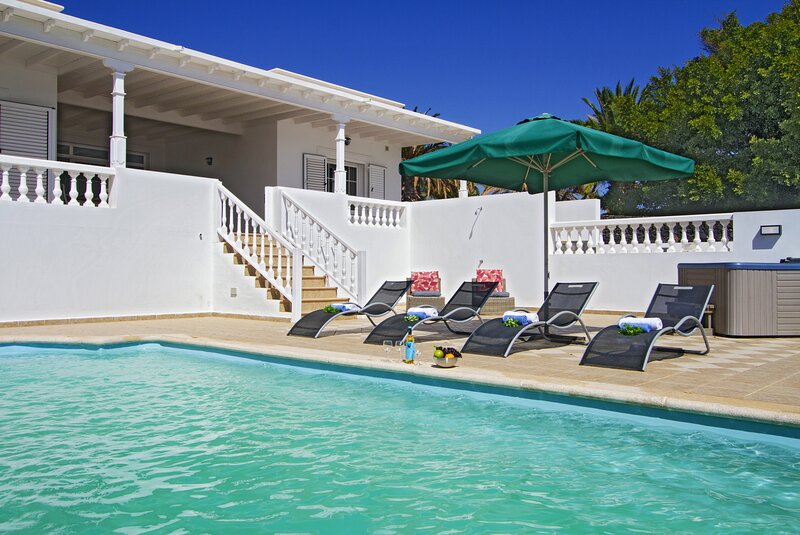 Villa Lara, vacation rental in Puerto Calero
