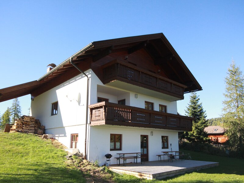 Almvilla, vacation rental in Gnesau