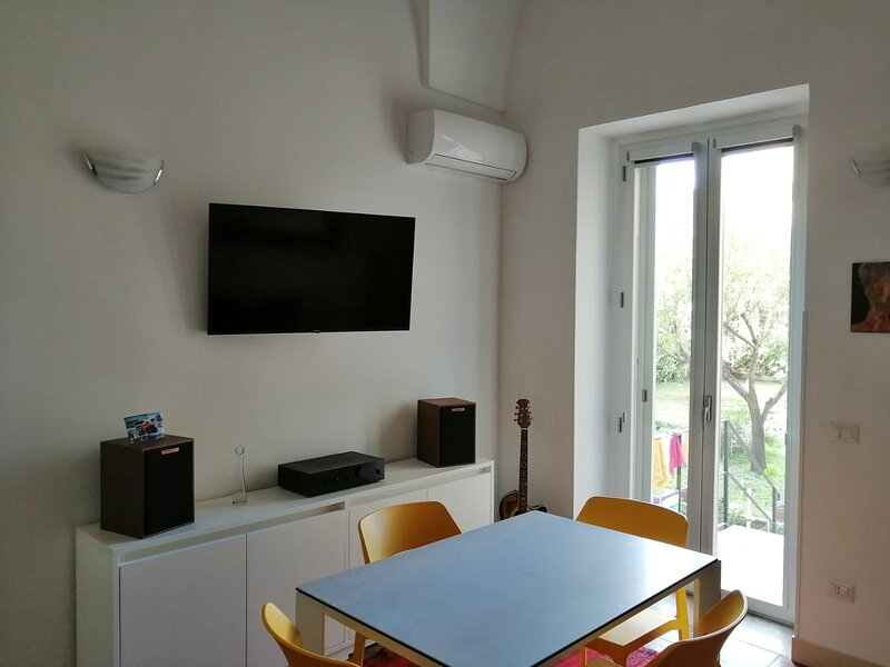 Stella Double Bedroom, aluguéis de temporada em Lecce