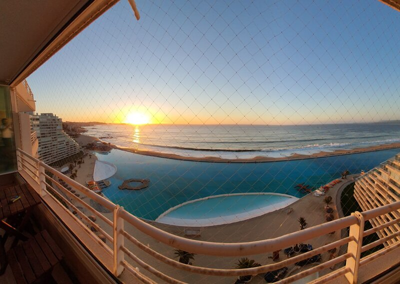 Departamento en San Alfonso del Mar Resort, Algarrobo, Chile, holiday rental in San Antonio