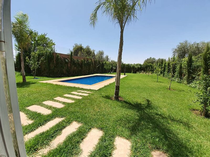 Private Villa + Pool , 25min from Marrakech, holiday rental in Aghmat