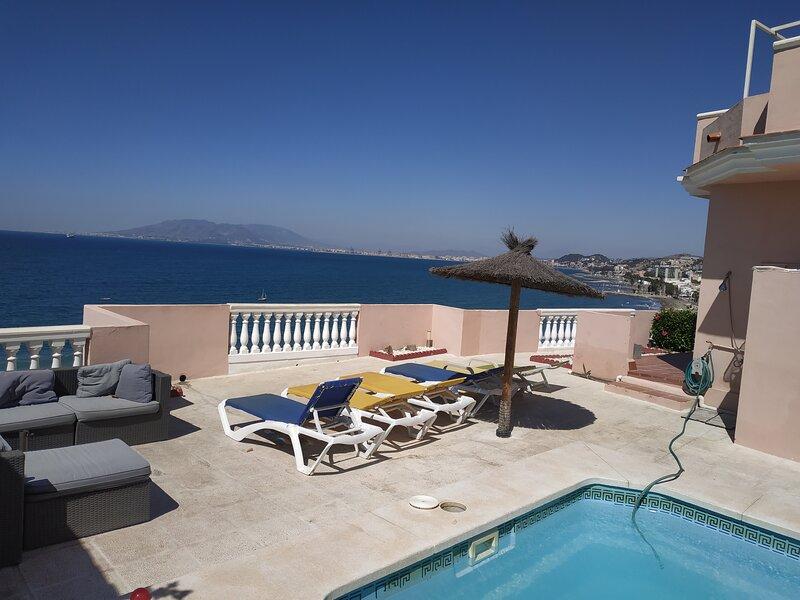 Magnificant  villa  sea front views, holiday rental in Pedregalejo