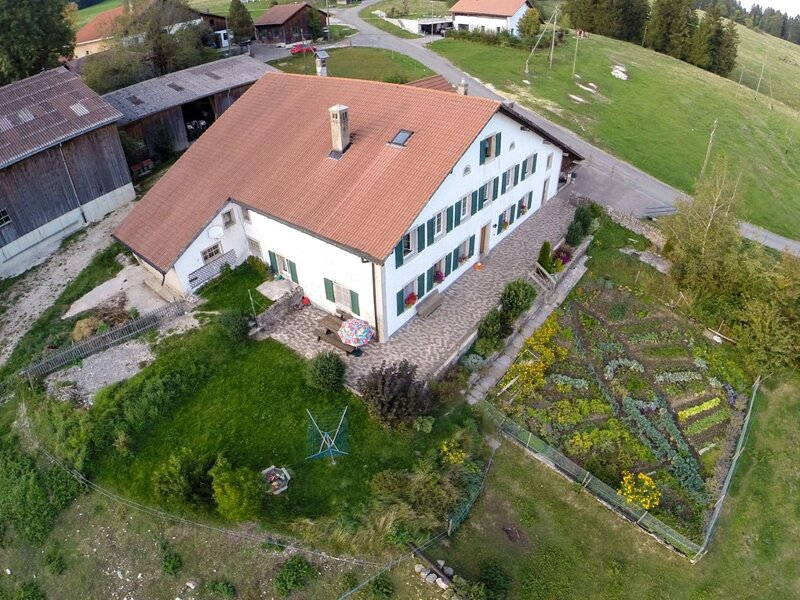 Appartement - Ferme O'Clés, holiday rental in Murten