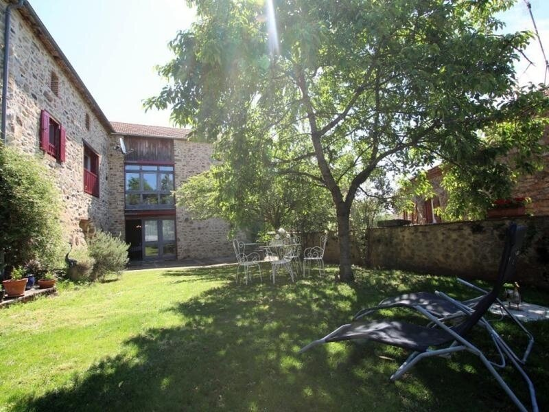 Les Hirondelles, location de vacances à Saint-Beauzire