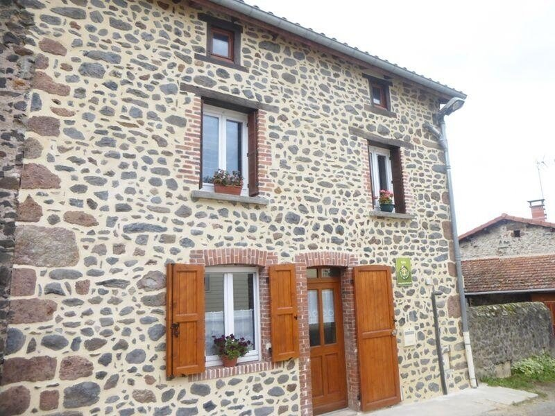 La Brequeuille, holiday rental in Sembadel