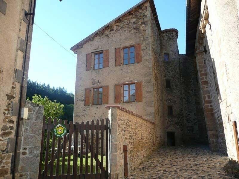 43G2260, location de vacances à Saint-Germain-l'Herm