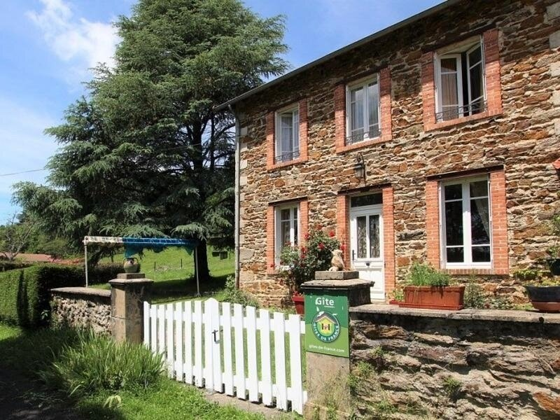 La Renardière, holiday rental in Sembadel
