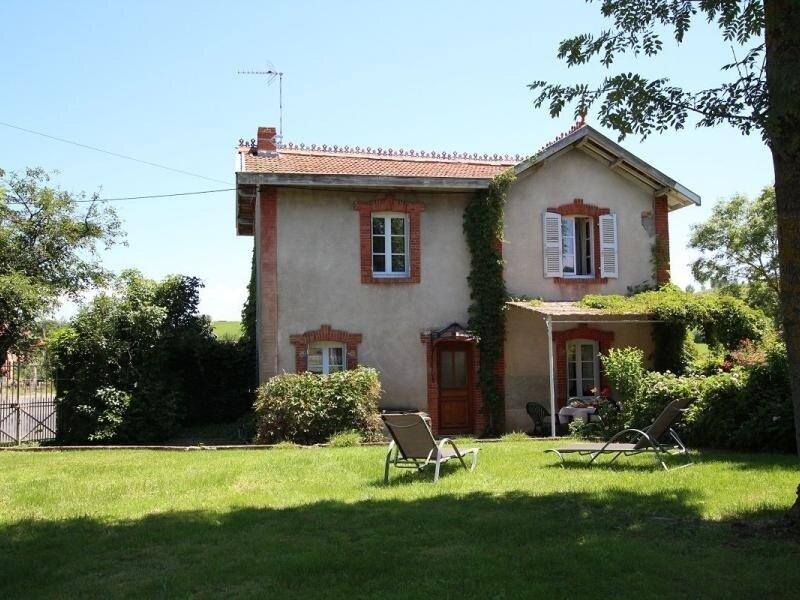 La Mirandole, location de vacances à Saint-Beauzire