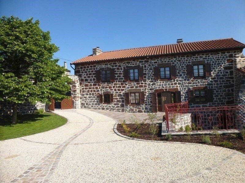 Les Tourterelles, holiday rental in Polignac