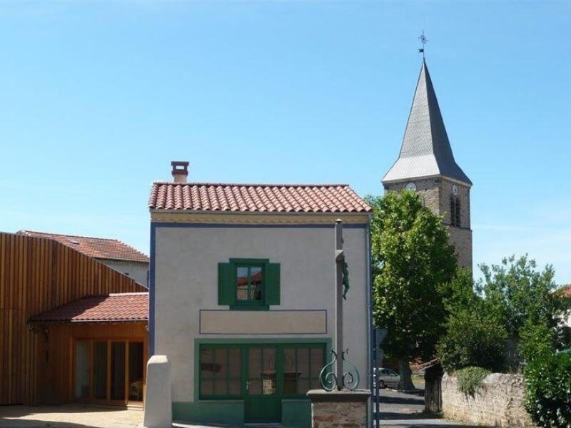 Le Casino de Saint-Beauzire – semesterbostad i Ferrieres-Saint-Mary