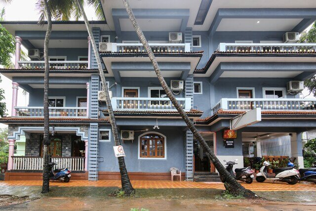 Suvian Goa - *** - luxury room with restaurent and bar + free parking, holiday rental in Baga