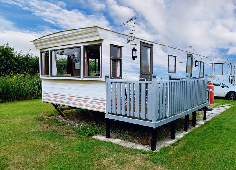Caravan for Hire at Mablethorpe, vacation rental in Maltby le Marsh