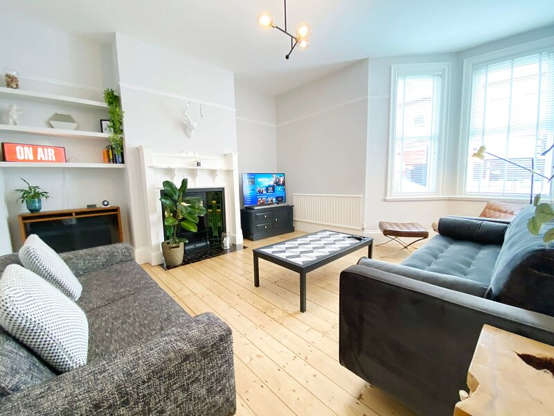 Victorian Corner House, holiday rental in Heddon-on-the-Wall