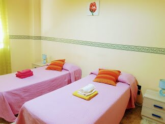 camera doppia spaziosa in vistamare BEB, alquiler de vacaciones en Regio de Calabria