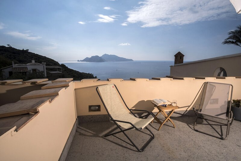 Blue View II by Wonderful Italy, vacation rental in Roncato